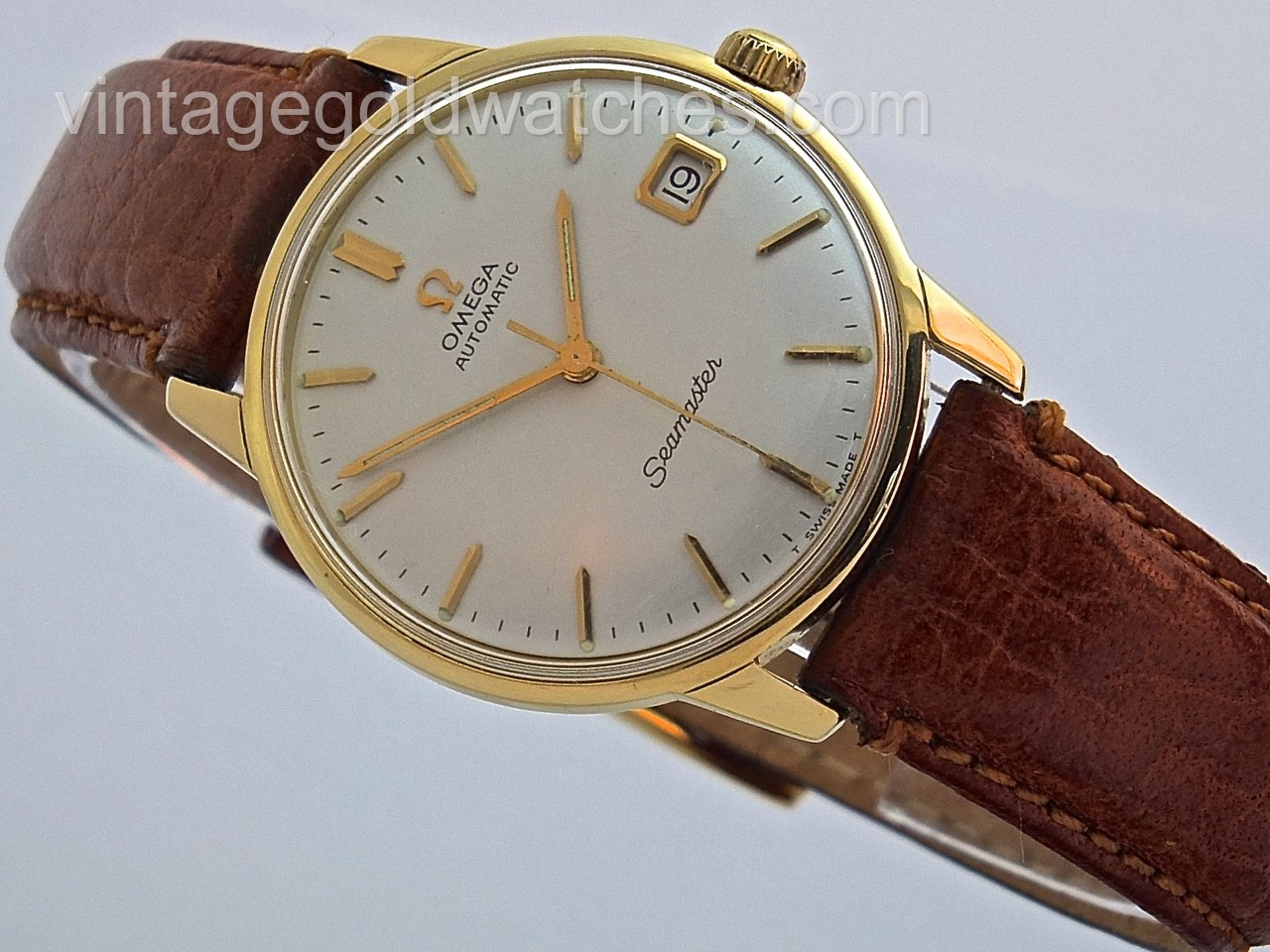 Omega seamaster 18k 1962 plus box sorry now sold 15th nov 39 13 vintage gold watches for Vintage gold watch